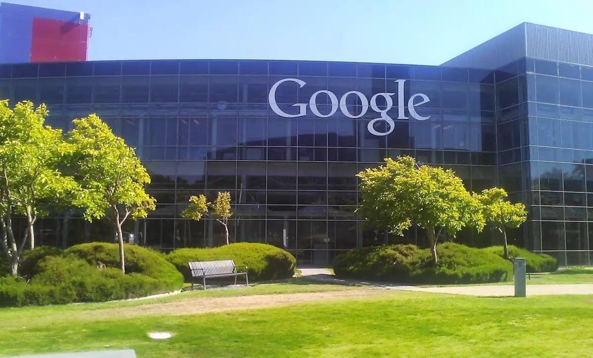 googel.jpg
